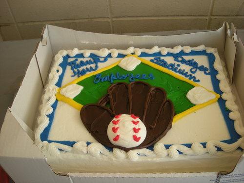 oct 09 FAD cake 1.jpg