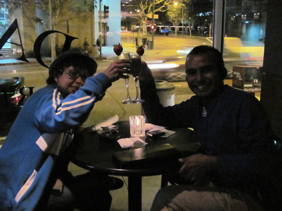 Oct 1009 Cheers(2).jpg