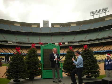 Vin Scully Dec 2008.jpg