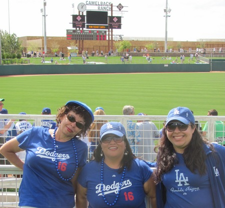 Spring Training 2010 Lore Elisa and Emma.jpg