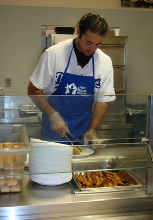 Andre-Food-Serving-2.jpg