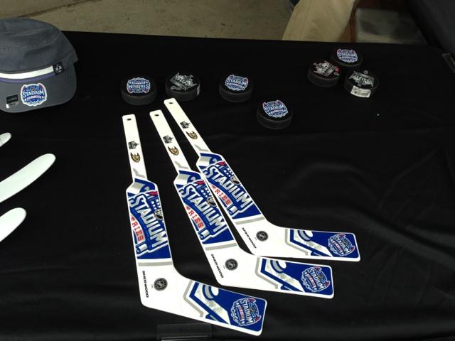 hockey sticks2