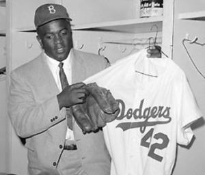 Jackie-Robinson-Dodgers